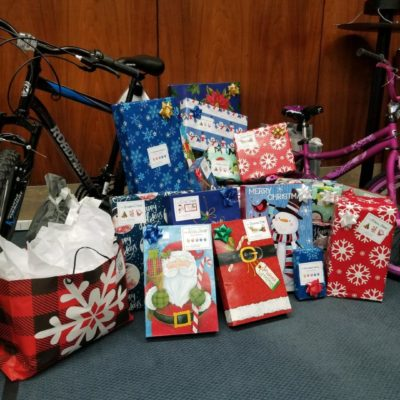 Hunton Andrews Kurth Sponsors Christmas for Two SSF Clients